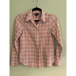 Pink and purple plaid gap button up XS